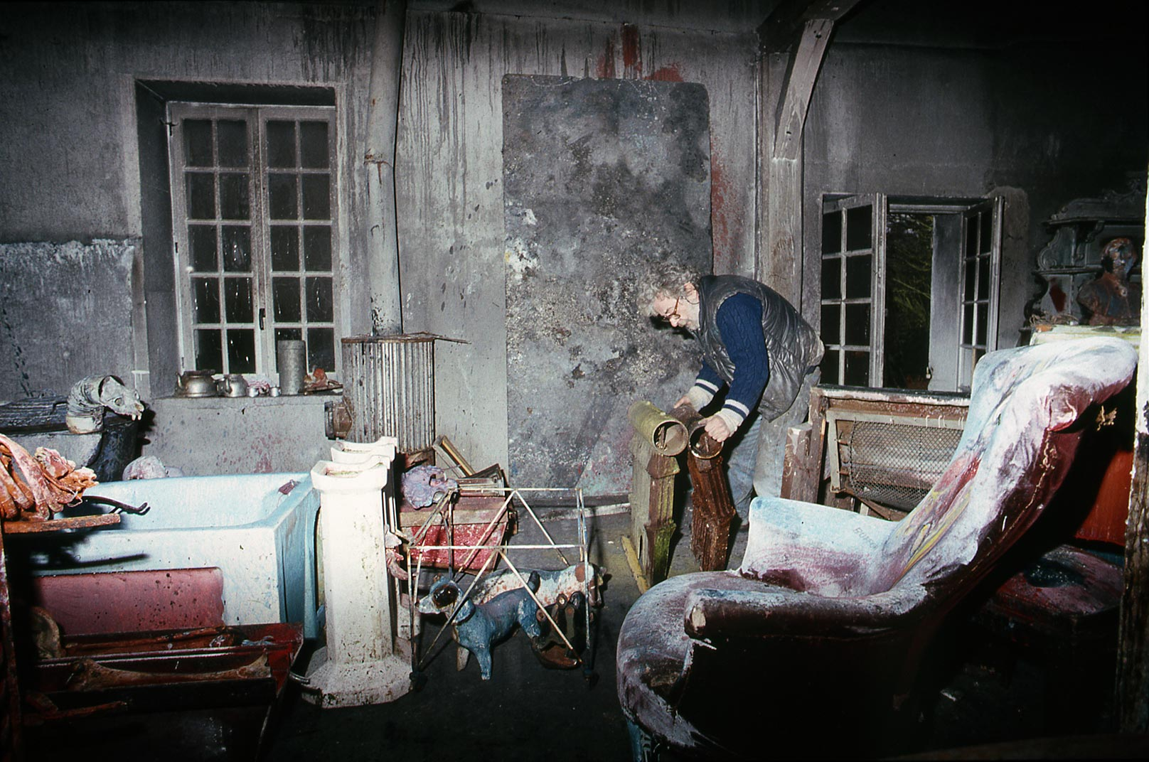 Dado at his studio after the fire in 1988