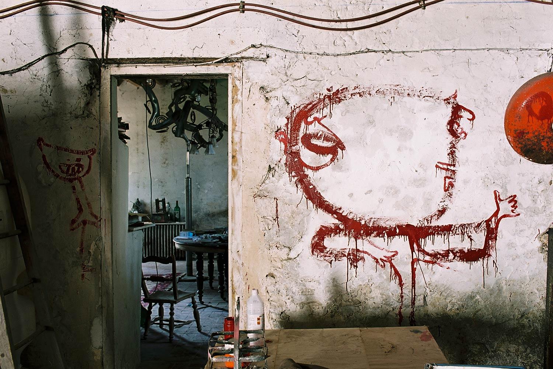 Dado: peintures murales d'Hérouval – Garage