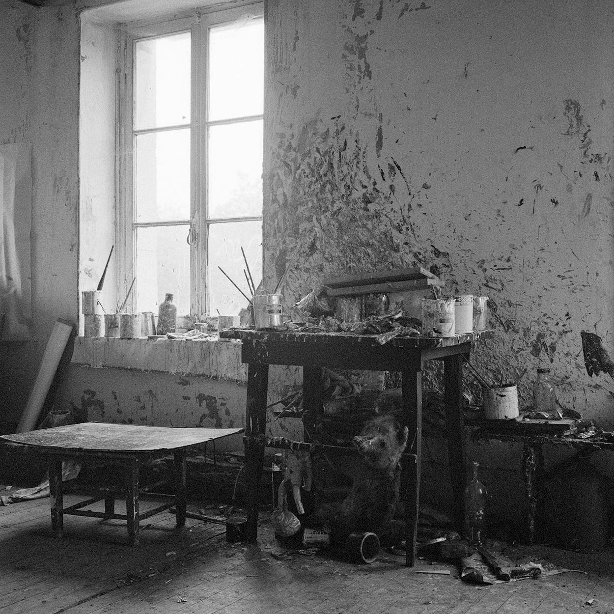Dado's studio at Hérouval in the early 1960's